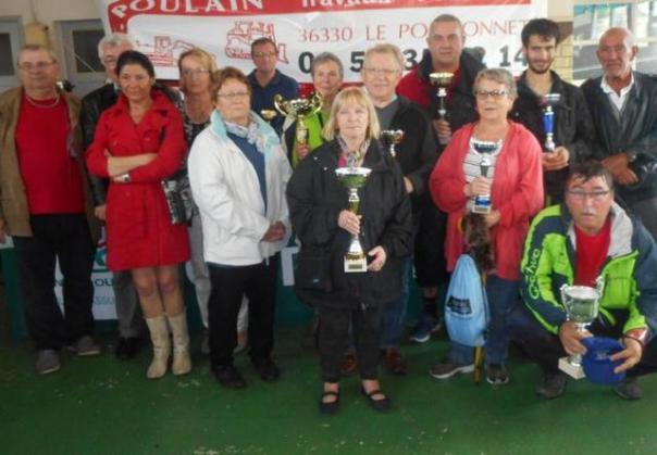 Les participants à l'heure des récompenses - Photo Nouvelle République du 15 mai 2015