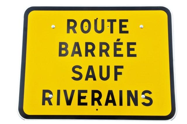 panneau-kc1-route-barree-sauf-riverains-classe-ct1