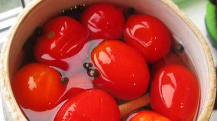 solenie_pomidori