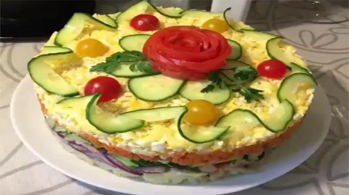 recept_sloenogo_salata_s_kyricey