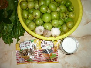zelenye-pomidory-bochkovye5