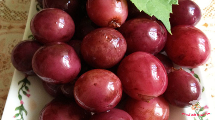 vinograd-marinovannyj-kak-olivki