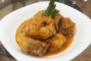 ryba-s-ovoshhami-v-tomatnom-souse