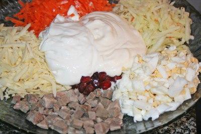 prostoy-salat-s-yazikom