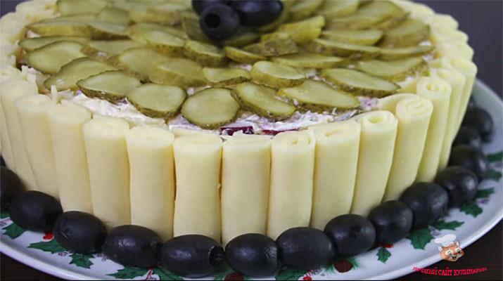 salat-na-novogodniy-stol2