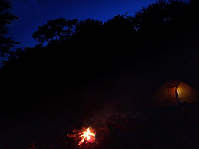 160610横川川夜のキャンプ03