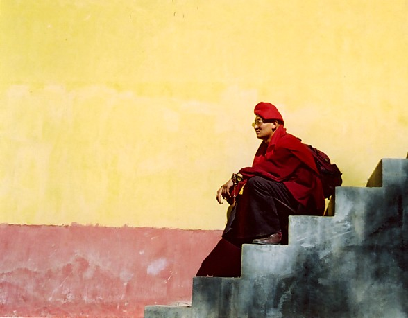 Monk_Sitting_On_Steps2
