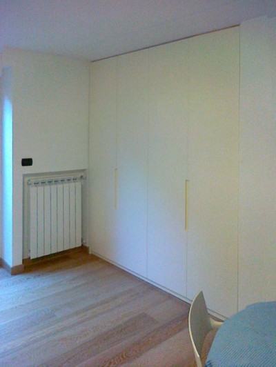 armadio parete  sala Lab