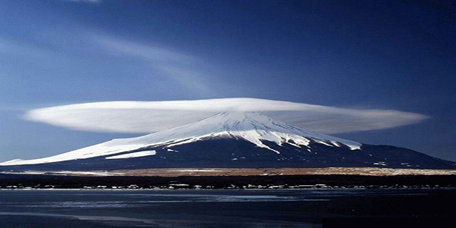 Mount-Damavand,-the-highest-mountain-and-volcano-in-Iran---Shiva-Dastjerdi