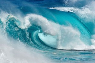 Amazing-Ocean-Waves-Photo-Canary-Islands-655x420