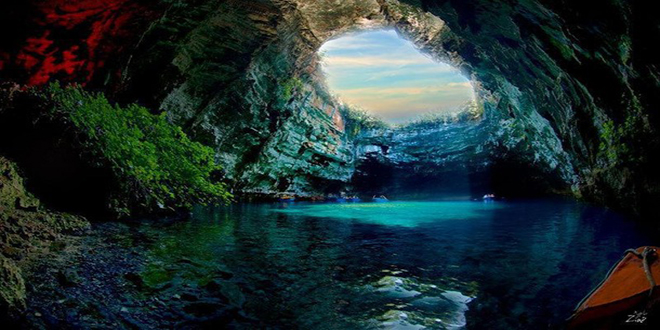 Favim.com-amazing-beauty-blue-cave-714693