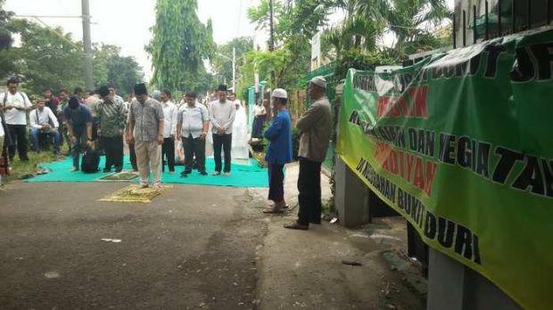 Jemaah Ahmadiyah di Bukit Duri Tebet Diusir Warga - Salam ...
