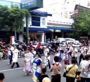 Simbol Zionis Yahudi di Karnaval Paskah Semarang-1