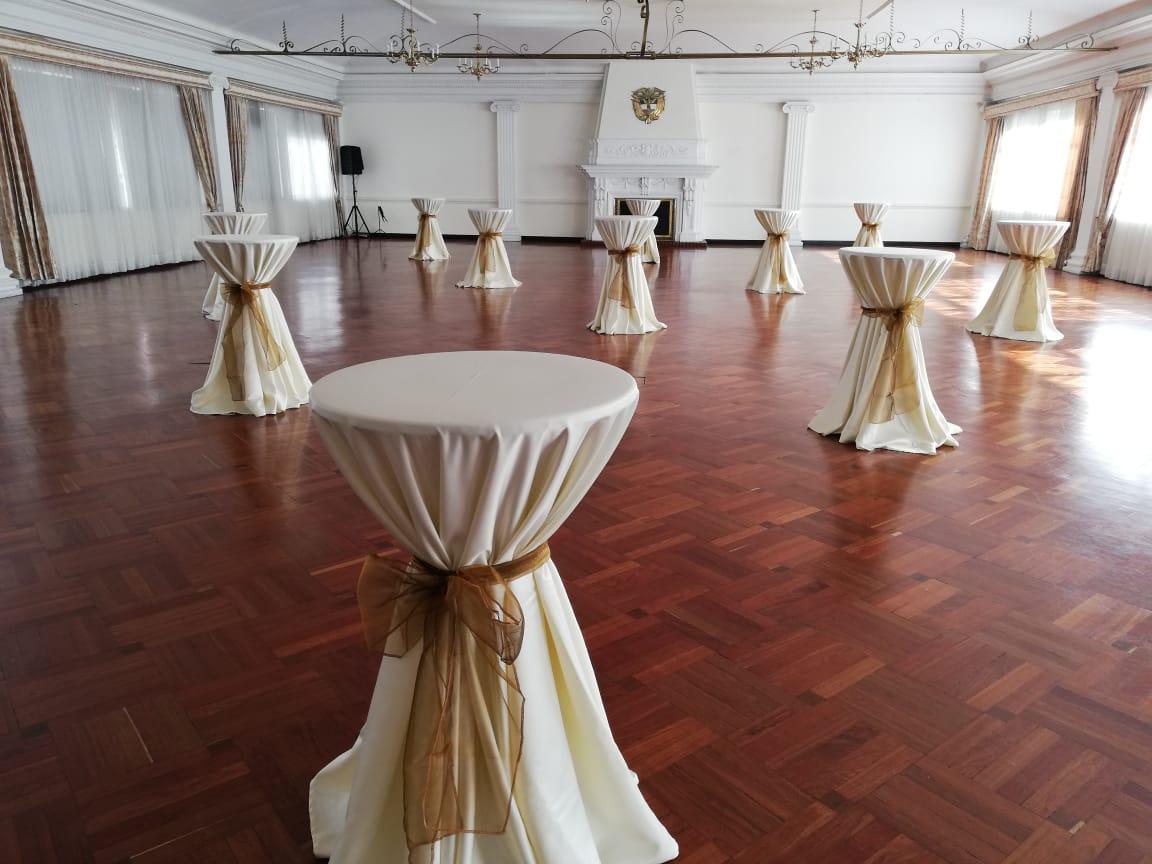 Alquiler de mesas para eventos en Bogot