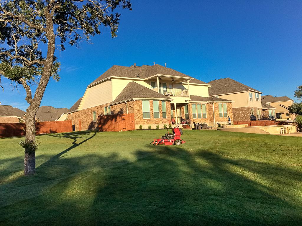 Lawn Service in Alamo Ranch
