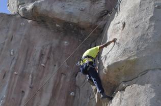 Cuarto y Quinto Escalando en el monolito de Rivas (20)
