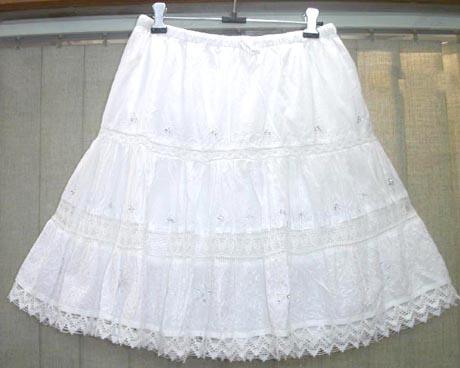 https://i0.wp.com/www.salecatcher.com/wholesale-clothing/bali-beach-clothing-l/6pleats-mini-skirt-001.jpg