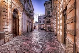 Percorso fra sacro e profano  per le vie del centro storico di Galatina