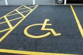 Parcheggi per disabili? Uno su cinquanta posti disponibili