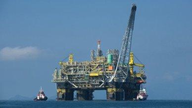 piattaforma petrolifera - trivelle - prospezioni petrolifere