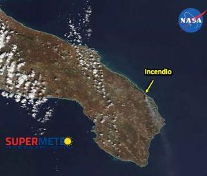 Foto satellitare incendio Cesine Supermeteo