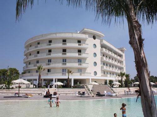 Grand Hotel dei Cavalieri 4 stelle a Campomarino di Maruggio