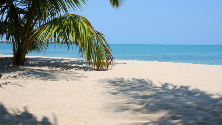 Beach in Belize Hit Your Annual Sales Goals