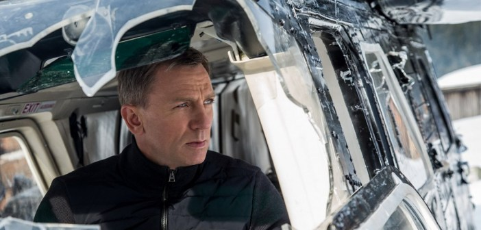Daniel Craig in helicopter during Spectre