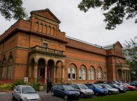 Salford Museum and Art Gallery invite you to value your goods