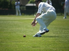 cricket fielder by Graham Dean on flickr. Free for use under CC BY-SA 2.0