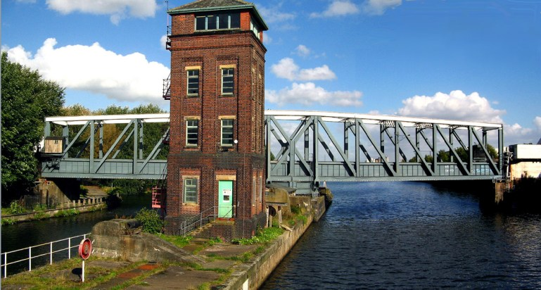 guided tours of Bridgewater canal