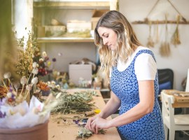 Jenna at work for her florist business, Florist Rookie © 2010-2019 Georgie Glass.