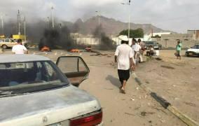 صيف حار في عدن وإحتجاجات تعرقل حركة المرور تنديداً بتوفير الكهرباء
