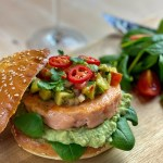 An easy and savory recipe for a healthy salmon burger