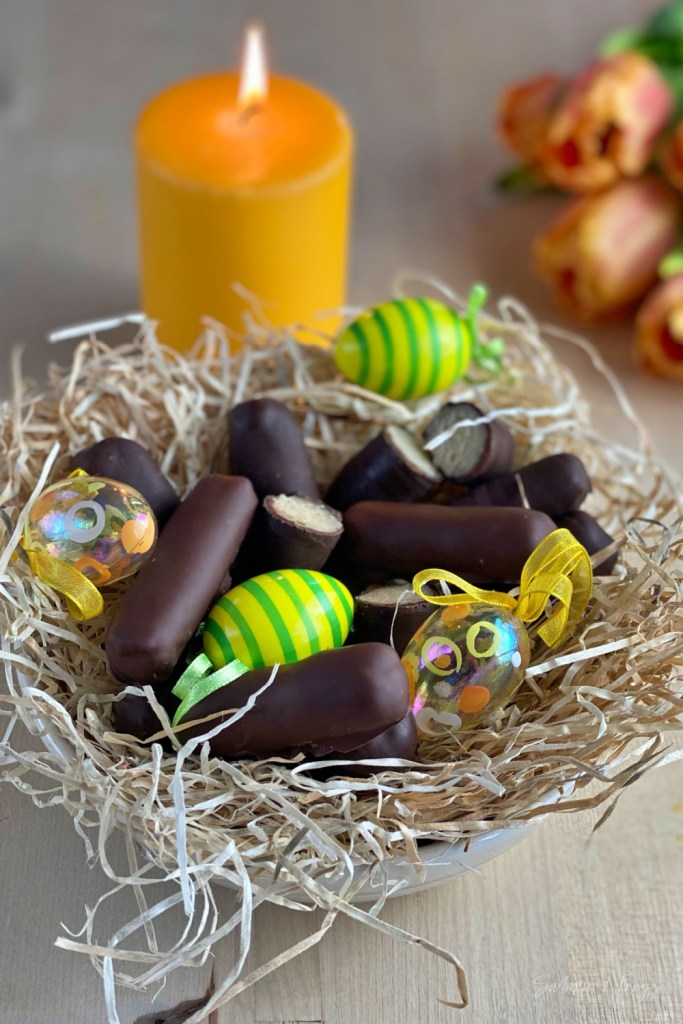 Easter marzipan is a must! But what mixture gives the best homemade marzipan? I have tested 5 recipes for you and present my favorite.
