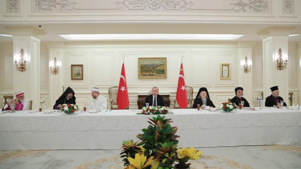 Erdoğan azınlık kurumlarından yöneticilerle iftarda buluştu