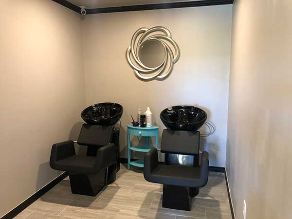 shampoo bowls in salon rental suites
