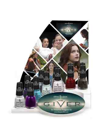 CG_The Giver_display