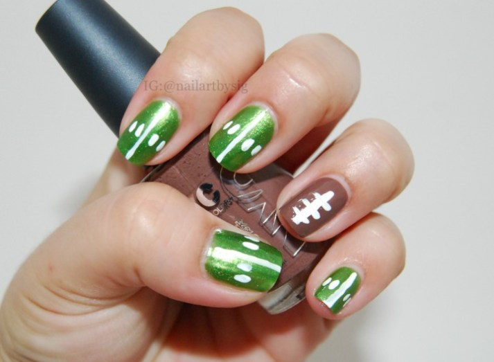 Football-Nails-Tutorial