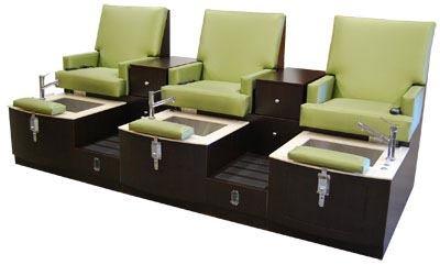 Lounge Triple Pedicure