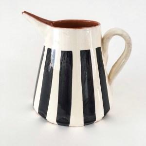 Casa Cubista Keramikkaraffe STRIPES schwarz-weiss aus portugiesischer Keramik