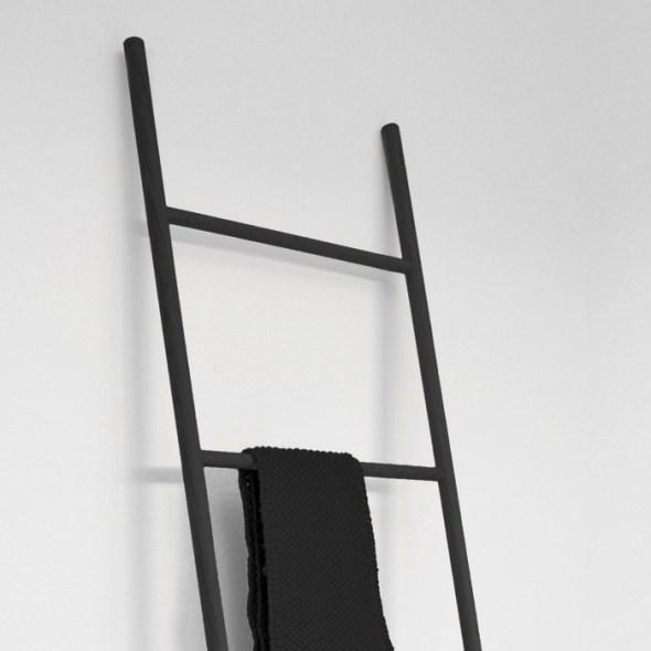 Garderobenleiter Holz schwarz Raumgestalt, Detail