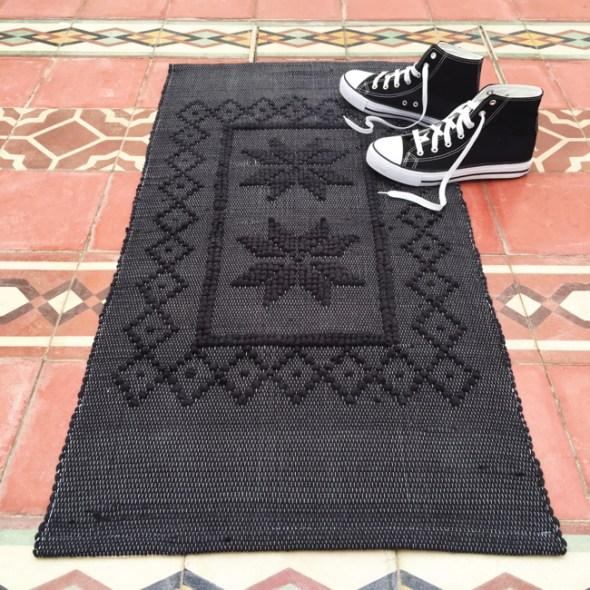 Casa Cubista Baumwollteppich schwarz aus Portugal