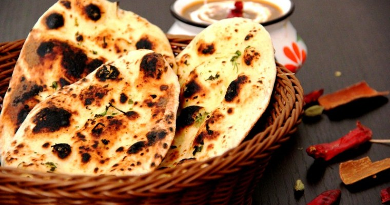Butter Garlic Naan on Tawa Recipe