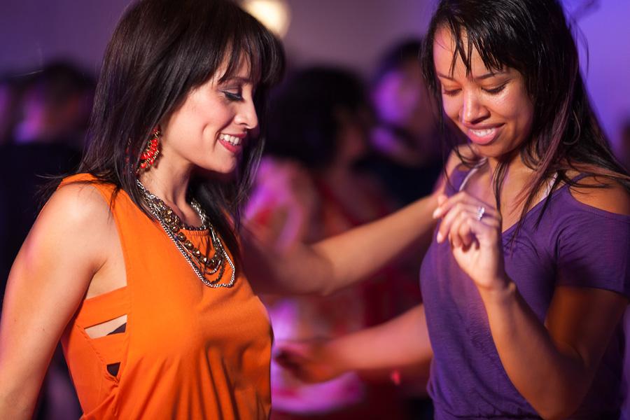 Salsa Dancing Girls