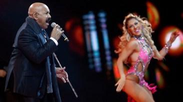 Óscar D' León hizo bailar a la mayoría de asistentes en la Quinta Vegara. (Foto: EFE)