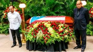 Bobby Valentín y Willie Rosario estuvieron presentes en este momento tan difícil para la familia Leavitt. (Foto: Twitter/marcos_billy)