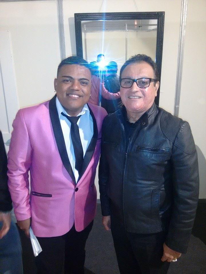 Yamandú Blaka, director de K-llao Salsa, e Ismael Miranda minutos antes de presentarse en el Festival Chim Pum Callao 2015.