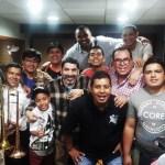 Gilberto Colón Jr. y César Vega listos para romperla en el Club Apurímac