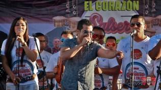 Luchito Muñoz también se sumó a la cruzada y puso a gozar a los asistentes con su soneo en el tema 'Hacha y Machete'. (Foto: Salserísimo Perú)